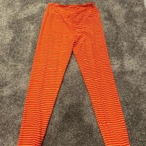 EUC Women's pink & orange heart leggings